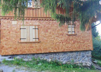 Geopietra Naturstein Schindel Fassade im Waldvon ks-ofenbau.de